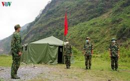 """Lính biên phòng """"vượt nắng, thắng mưa"""" ngăn dịch nơi ải Bắc Lai Châu"""