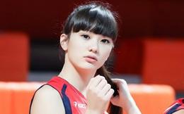 """""""Nữ thần"""" bóng chuyền châu Á bị đồng đội xa lánh vì như """"trung tâm vũ trụ"""", tính chuyển hẳn sang làm người mẫu"""