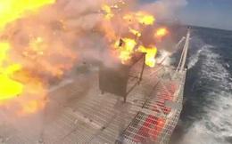 """Cuộc chiến ảo trên Biển Đông: Tàu Trung Quốc """"đứng yên chờ chết"""", tàu Mỹ bắn mãi vẫn không thể đánh chìm"""