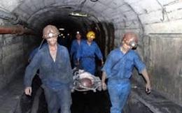 Ngạt khí dưới hầm tàu cá, 6 người thương vong