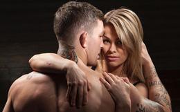 Nữ võ sỹ UFC khoe ảnh cùng chồng tập luyện... khỏa thân tại nhà giữa mùa dịch Covid-19