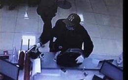 Nóng: Kẻ nổ súng cướp ngân hàng ở Sóc Sơn đã ra đầu thú
