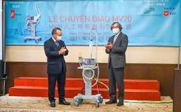 Bàn giao 2 máy thở MV20 cho Việt Nam chống dịch Covid-19