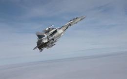 Tiết lộ thế nguy hiểm khi máy bay Nga chặn máy bay Mỹ ở Syria