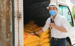 MC Nguyên Khang kêu gọi được hơn 11 tấn gạo giúp đỡ người nghèo