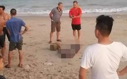 Tá hỏa khi phát hiện thi thể bị cột đá trôi dạt vào bờ biển ở Bình Thuận
