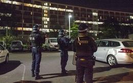 Pháp đối mặt nguy cơ bạo động ở vùng ngoại ô khi phong toả kéo dài