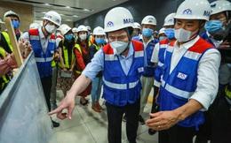 Chủ tịch UBND TP.HCM thị sát ga ngầm Metro gửi lời cảm ơn tới các kĩ sư Nhật Bản