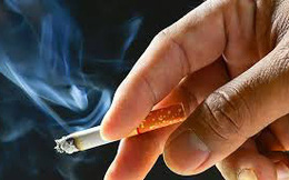 Hút thuốc lá có giảm nguy cơ mắc Covid-19 không: Câu trả lời và cảnh báo của chuyên gia