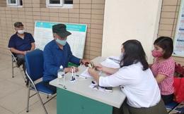 Quận Ba Đình bắt đầu chi trả tiền hỗ trợ thuộc gói 62.000 tỷ cho người dân