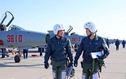 """Lương của phi công KQ Trung Quốc là bao nhiêu? - Những tiết lộ """"khác với nhiều người nghĩ"""""""