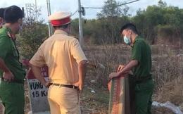 2 người đàn ông tử vong bên lề đường cạnh xe máy biến dạng ở Bà Rịa – Vũng Tàu