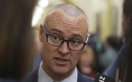 Bộ trưởng Y tế New Zealand bị giáng cấp bậc vì đi biển giữa lệnh phong tỏa