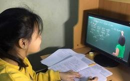 Dạy – học trực tuyến bậc tiểu học: Khó cho cả học sinh và phụ huynh