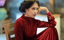 """""""Nữ hoàng cảnh nóng"""" Đinh Y Nhung: Tôi không bao giờ phải hỏi chồng có ghen không"""