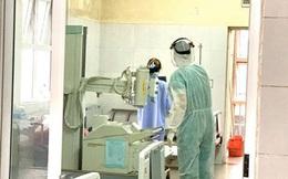 """Bệnh nhân 50 âm tính rồi lại dương tính với Covid-19, PGS.TS Nguyễn Huy Nga: """"Ca bệnh chưa điều trị xong"""""""