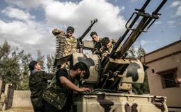 """Libya kẹt giữa cảnh tiến thoái lưỡng nan giữa nhiều thế lực, """"bóng ma"""" kịch bản Syria đang được lặp lại?"""
