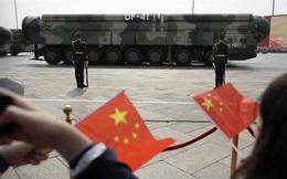 """Giãy dụa trong """"thòng lọng"""" của Mỹ, TQ sẽ tăng số lượng vũ khí hạt nhân lên 1.000 đơn vị?"""