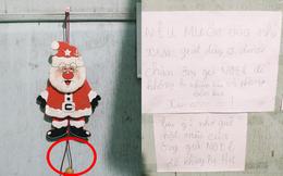 Vào nhà kho tìm sách, chị ngạc nhiên khi thấy tờ giấy cảnh báo của 2 cô em họ dán ngoài cửa