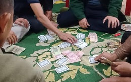 Chủ tịch xã ở Hà Tĩnh tham gia đánh bạc bị phạt 2 triệu đồng
