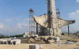 Huyện nghèo nhất nước xây tượng đài 14 tỉ đồng: Tỉnh không biết?