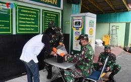 """Cận cảnh các """"ATM gạo của người chỉ huy"""" hỗ trợ Covid-19 ở Indonesia"""