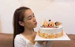 Trường Giang ghi điểm bằng hành động ngọt ngào trong sinh nhật Nhã Phương: Làm gì mà Hoàng Oanh và hội bạn thân cũng phải trầm trồ?