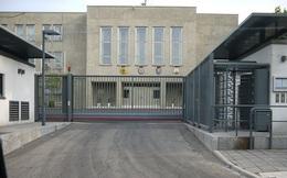 Anh đóng cửa tạm thời Đại sứ quán, rút nhân viên khỏi Triều Tiên