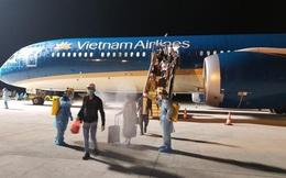 Chuyến bay đưa công dân Việt Nam từ Mỹ về nước bị hoãn hôm 2/5 được nối lại