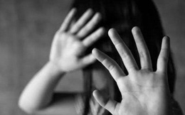 Đi bán cá dạo, bé gái 11 tuổi bị người đàn ông giở trò đồi bại