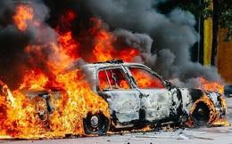 Các kỹ năng xử lý khi xe ô tô bốc cháy