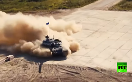 """Nga """"khoe"""" năng lực xe tăng ở mọi chiến trường"""