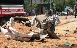 Video hiện trường vụ tai nạn kinh hoàng ở Thanh Hóa, xe ben đè chết 3 người trong xe ôtô