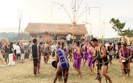 Đón năm mới trong ngôi nhà dài của người Mạ bên hồ Xuân Hương