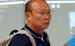 HLV Park Hang-seo sốt sắng lo cầu thủ U23 Việt Nam lỡ bữa ăn khi vừa tới Thái Lan