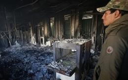 Sứ quán Mỹ bị người biểu tình Iraq thiêu trụi