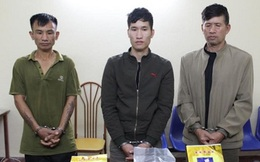 Khám nhà kẻ tàng trữ ma túy, thu một súng K59 và 5 kg ma túy đá