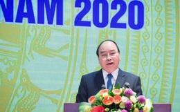 Thủ tướng: 'Mây đen u ám bầu trời thế giới nhưng ánh sáng vẫn chiếu trên bầu trời Việt Nam'