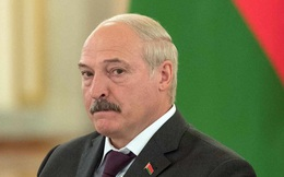 """Ông Putin """"ngã ngửa"""" trước món quà năm mới đầy """"bất ngờ"""" của Belarus"""