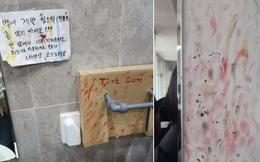 Hàng loạt nhà vệ sinh tại các trường học dính đầy vết son trên tường, các nữ sinh đã làm gì ở trong đó vậy?