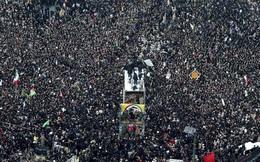 'Lạnh người' hình ảnh hàng triệu người trút giận dữ vào nước Mỹ tại đám tang tướng Iran bị ám sát