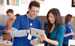 Nhân viên Vingroup được tặng Vsmart miễn phí, còn nhân viên Apple liệu có nhận về iPhone dễ dàng như vậy?
