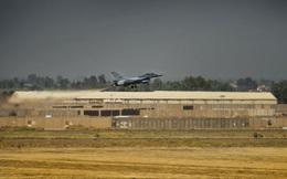 """Căn cứ quân đội Mỹ ở Iraq bị """"nã"""" bom, lính Mỹ đã nhanh chân """"tẩu thoát"""""""