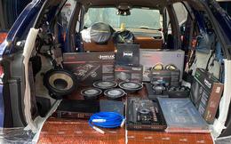 Mua 'full option' chưa thoả mãn, chủ xe VinFast Lux SA2.0 chi 400 triệu độ hệ thống âm thanh mới