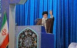 Iran gồng mình trước áp lực quốc tế