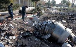Iran: Máy bay của Ukraine bị 2 tên lửa tầm ngắn bắn trúng