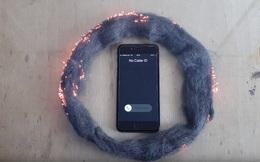 Sự thật về video 'sóng iPhone đốt cháy bùi nhùi thép'