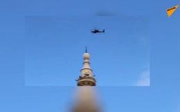 """Căng thẳng với quân đội Nga gia tăng, dàn trực thăng Mỹ hành động """"lạ"""" ở Syria"""
