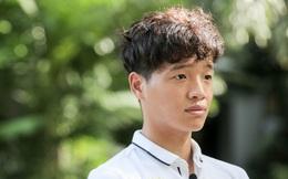Mùng 2 Tết gặp Phí Minh Long: Gã thủ môn bị Xuân Trường miêu tả là 'điên' suýt trở thành kỳ thủ cờ tướng và chuyện tán đổ em gái đội trưởng