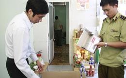 Phát hiện nhà thuốc găm gần 2.000 khẩu trang y tế dù báo hết hàng